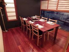 小 テーブル個室